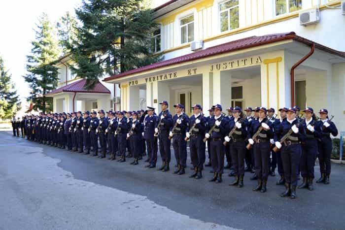 Admiterea in scolile de agenti si subofiteri incepe pe 10 Ianuarie 2018